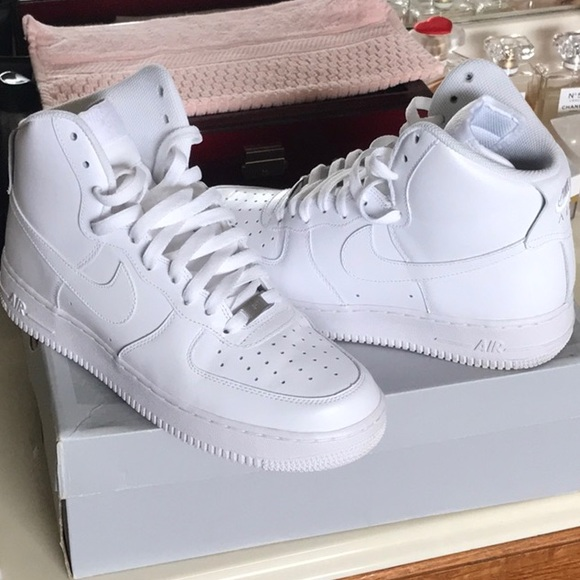new concept fe07f 5463f WOMEN'S NIKE AIR FORCE 1 HIGH (10)